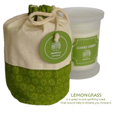LUSHES GREENS SOY CANDLE